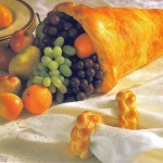 Thanksgiving Breads: Cornucopia Centerpiece